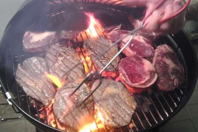 Lernen sie grillen von Steaks in barbarasGrillschule in Schwetzingen bei Mannheim / Heidelberg